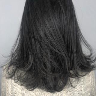 セミロング アッシュグレー グレージュ ダブルカラー ヘアスタイルや髪型の写真・画像