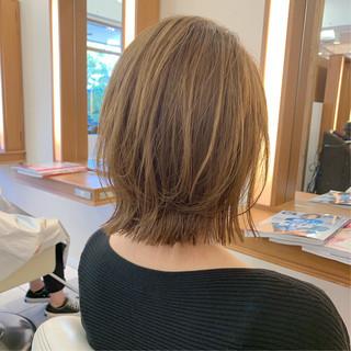 ボブ レイヤーボブ まとまるボブ ナチュラル ヘアスタイルや髪型の写真・画像