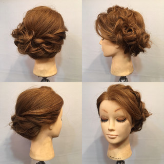 ディズニー 裏編み込み ヘアアレンジ フェミニン ヘアスタイルや髪型の写真・画像 ヘアスタイルや髪型の写真・画像