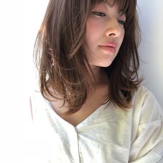 春 大人かわいい 大人女子 レイヤーカット ヘアスタイルや髪型の写真・画像