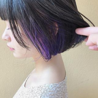 ピンクバイオレット 切りっぱなしボブ バイオレット ボブ ヘアスタイルや髪型の写真・画像