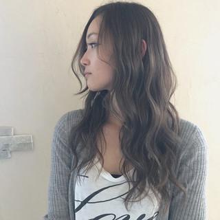 アンニュイ フェミニン 外国人風カラー ロング ヘアスタイルや髪型の写真・画像