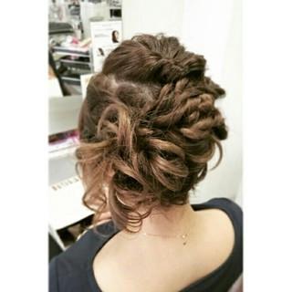 フェミニン ゆるふわ くるりんぱ ヘアアレンジ ヘアスタイルや髪型の写真・画像