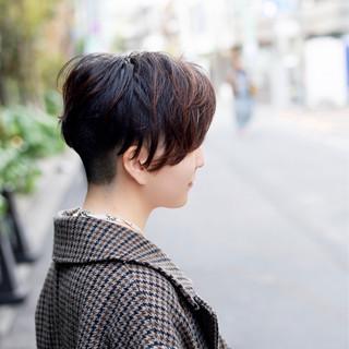 モード ショート ツーブロック ベリーショート ヘアスタイルや髪型の写真・画像