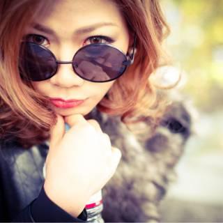 アッシュベージュ ミディアム アッシュ マーメイドアッシュ ヘアスタイルや髪型の写真・画像