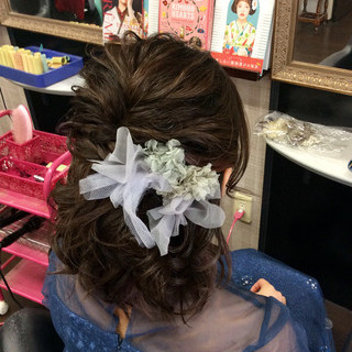 ナチュラル ヘアアレンジ ミディアム 結婚式 ヘアスタイルや髪型の写真・画像