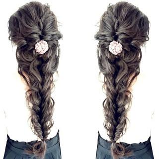 編み込み ヘアアレンジ 大人かわいい ロング ヘアスタイルや髪型の写真・画像 ヘアスタイルや髪型の写真・画像