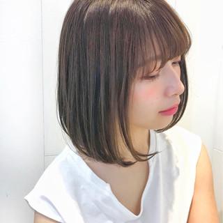 グレージュ 大人かわいい フェミニン デート ヘアスタイルや髪型の写真・画像