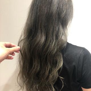 簡単ヘアアレンジ デート ストリート オフィス ヘアスタイルや髪型の写真・画像 ヘアスタイルや髪型の写真・画像