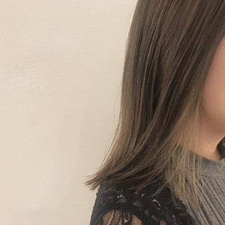 モード ミディアム 切りっぱなし 抜け感 ヘアスタイルや髪型の写真・画像