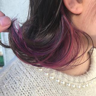 ガーリー 外ハネ ボブ インナーカラー ヘアスタイルや髪型の写真・画像