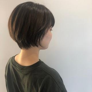小顔ショート ショートヘア ナチュラル 大人かわいい ヘアスタイルや髪型の写真・画像