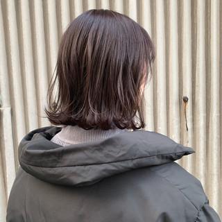 バイオレット ナチュラル バイオレットカラー 切りっぱなしボブ ヘアスタイルや髪型の写真・画像