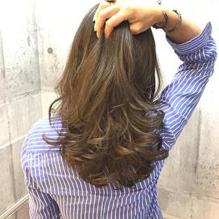 イルミナカラー オフィス デート ナチュラル ヘアスタイルや髪型の写真・画像