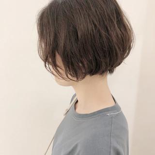 ゆるふわ ナチュラル 透明感 パーマ ヘアスタイルや髪型の写真・画像