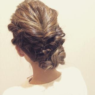 簡単ヘアアレンジ ツイスト ショート 三つ編み ヘアスタイルや髪型の写真・画像