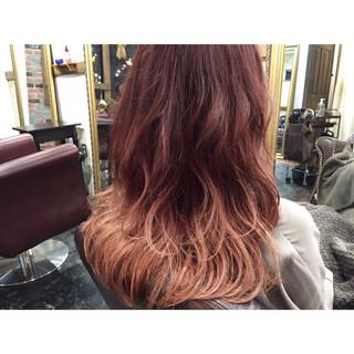ナチュラル 冬 グラデーションカラー ピンクブラウン ヘアスタイルや髪型の写真・画像