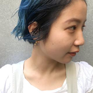 ブリーチカラー ターコイズブルー ブルー ブルーグラデーション ヘアスタイルや髪型の写真・画像