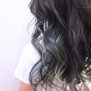 ロング グラデーションカラー 透明感 ストリート ヘアスタイルや髪型の写真・画像 ヘアスタイルや髪型の写真・画像
