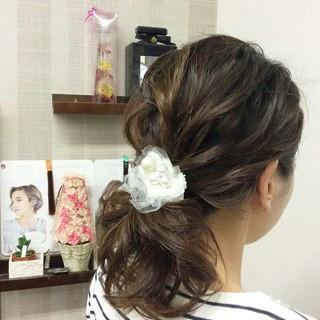結婚式 ミディアム 編み込み 上品 ヘアスタイルや髪型の写真・画像