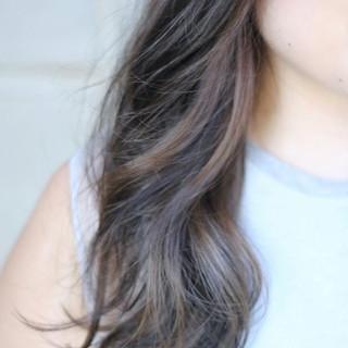 セミロング ナチュラル グレージュ インナーカラー ヘアスタイルや髪型の写真・画像 ヘアスタイルや髪型の写真・画像