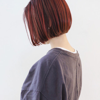 ショートボブ ハイトーン ミニボブ ショートヘア ヘアスタイルや髪型の写真・画像