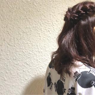 大人かわいい ヘアアレンジ フェミニン ロープ編み ヘアスタイルや髪型の写真・画像