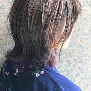 切りっぱなしボブ インナーカラー 大人かわいい インナーカラーパープル ヘアスタイルや髪型の写真・画像