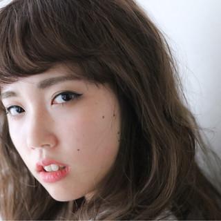 モード 暗髪 大人かわいい ゆるふわ ヘアスタイルや髪型の写真・画像