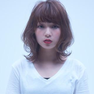 エレガント デート ヘアアレンジ アウトドア ヘアスタイルや髪型の写真・画像
