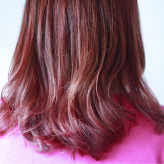 ピンク セミロング 女子力 ナチュラル ヘアスタイルや髪型の写真・画像