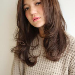フェミニン 大人かわいい 外国人風 ナチュラル ヘアスタイルや髪型の写真・画像