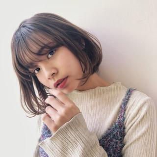 アンニュイ 暗髪 ゆるふわ ブラウンベージュ ヘアスタイルや髪型の写真・画像