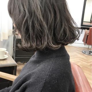 大人かわいい アッシュ ボブ パーマ ヘアスタイルや髪型の写真・画像