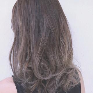 バレイヤージュ ミディアム 外国人風 グラデーションカラー ヘアスタイルや髪型の写真・画像 ヘアスタイルや髪型の写真・画像