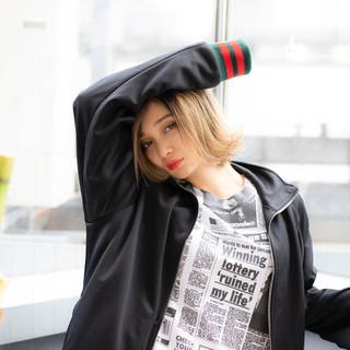 ショートボブ ストリート ショートヘア ウルフカット ヘアスタイルや髪型の写真・画像