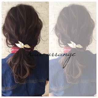 ヘアピン グレージュ ヘアアクセ ヘアアレンジ ヘアスタイルや髪型の写真・画像