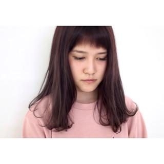 ピンクアッシュ セミロング かわいい 透明感 ヘアスタイルや髪型の写真・画像