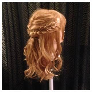 ねじり ロング ガーリー ハーフアップ ヘアスタイルや髪型の写真・画像