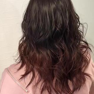 レッドカラー ナチュラル 冬カラー ブリーチ ヘアスタイルや髪型の写真・画像