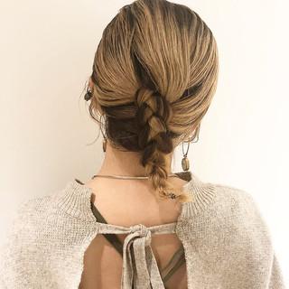 ナチュラル インナーカラー ショートボブ ミディアム ヘアスタイルや髪型の写真・画像