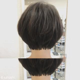 アッシュベージュ ミルクティー ショート ショートボブ ヘアスタイルや髪型の写真・画像