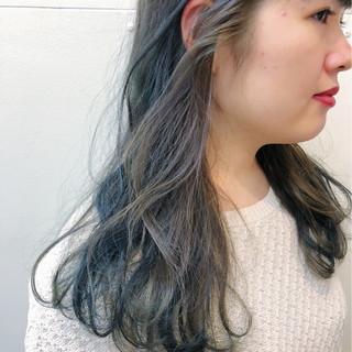インナーカラー セミロング ブリーチなし 暗髪 ヘアスタイルや髪型の写真・画像 ヘアスタイルや髪型の写真・画像