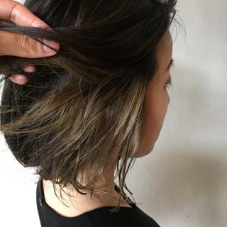 グレージュ インナーカラーグレー インナーカラー インナーカラーシルバー ヘアスタイルや髪型の写真・画像 ヘアスタイルや髪型の写真・画像