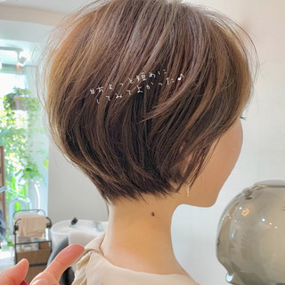 ショートヘア ショート ミニボブ デート ヘアスタイルや髪型の写真・画像