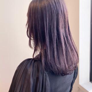 フェミニン ピンクラベンダー ラベンダーピンク セミロング ヘアスタイルや髪型の写真・画像
