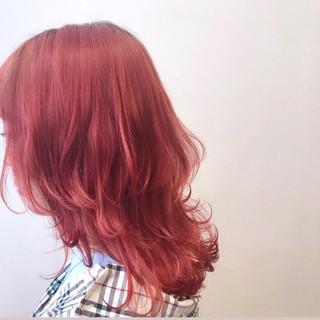 セミロング ブリーチカラー モード ピンクアッシュ ヘアスタイルや髪型の写真・画像