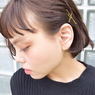 ショート 色気 ヘアアレンジ アッシュ ヘアスタイルや髪型の写真・画像