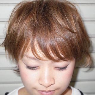 シースルーバング ナチュラル ショート 前髪あり ヘアスタイルや髪型の写真・画像 ヘアスタイルや髪型の写真・画像