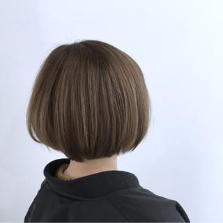 ナチュラル 色気 ボブ ベージュ ヘアスタイルや髪型の写真・画像